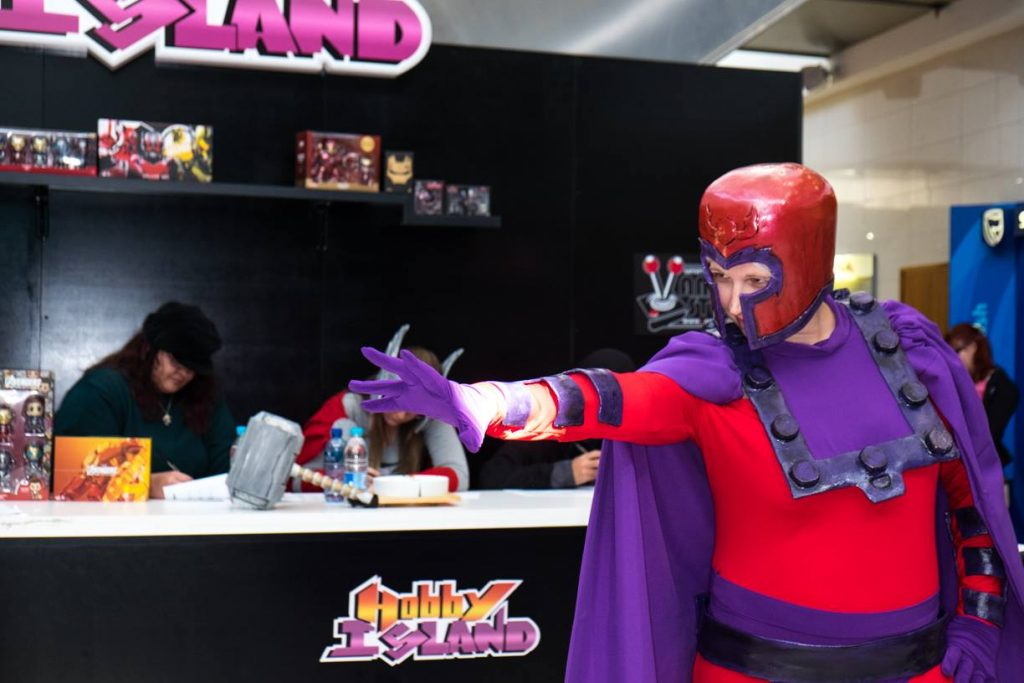 Magneto Cosplay using his powers at Hobby Island Event 2016