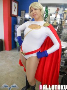 Power Girl Cosplay posing at Smallville Comics