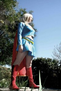 supergirl cosplay DC by max thomik photography