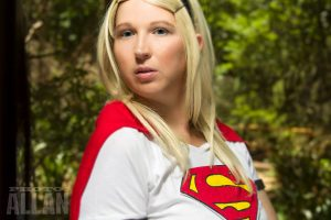 Close up pic of Supergirl cosplay